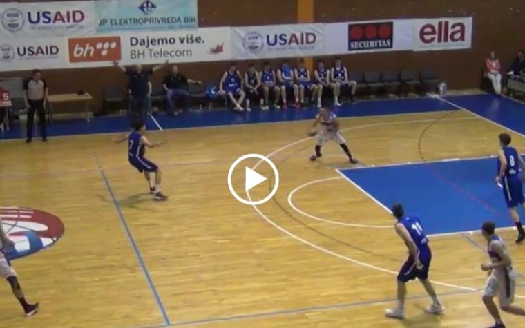 VIDEO:  Junior Igokee kao Curry, trojka iz vlastitog reketa sa zvukom sirene