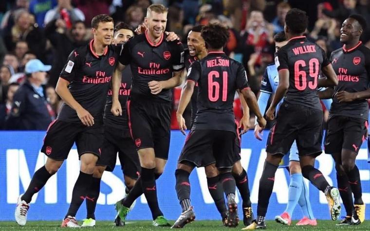 Kolašinac debitovao za Arsenal, Lacazette odmah postigao pogodak