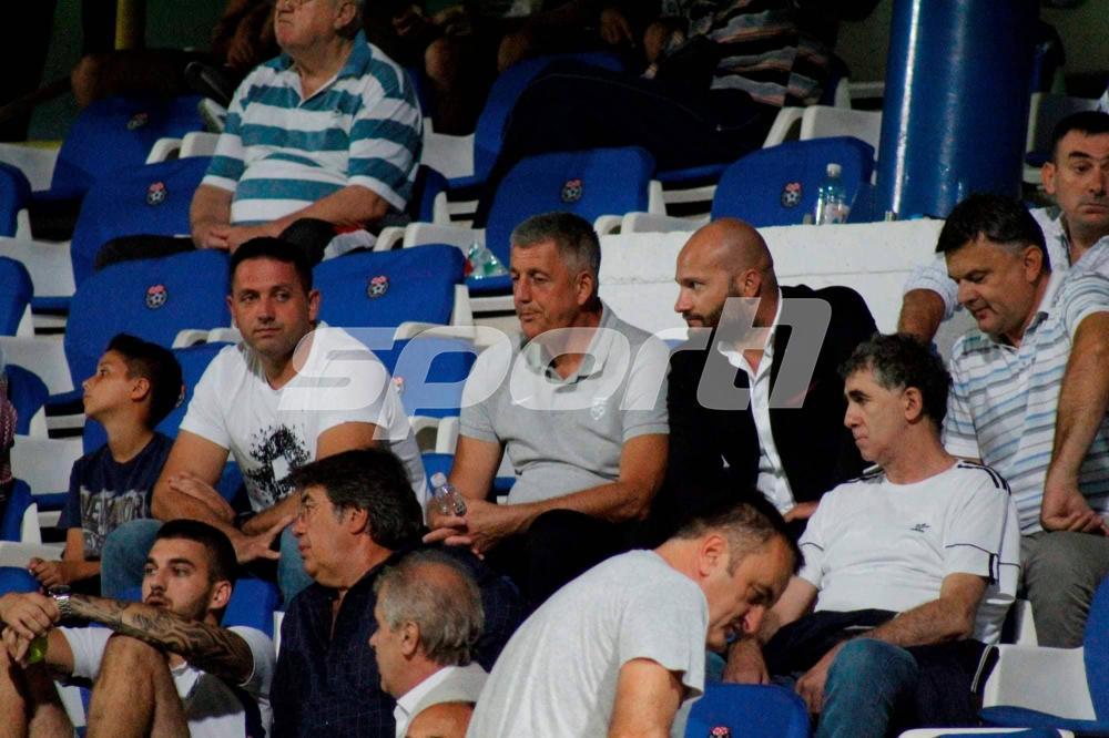 42211184_501616783641221_1909844438952181760_n.jpg - Musemić i Hadžić se nisu vratili sa igračima u Sarajevo