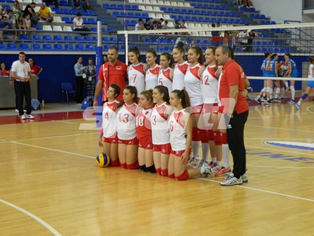 albanija.jpg - Srbija protutnjala pored Albanki na Palama