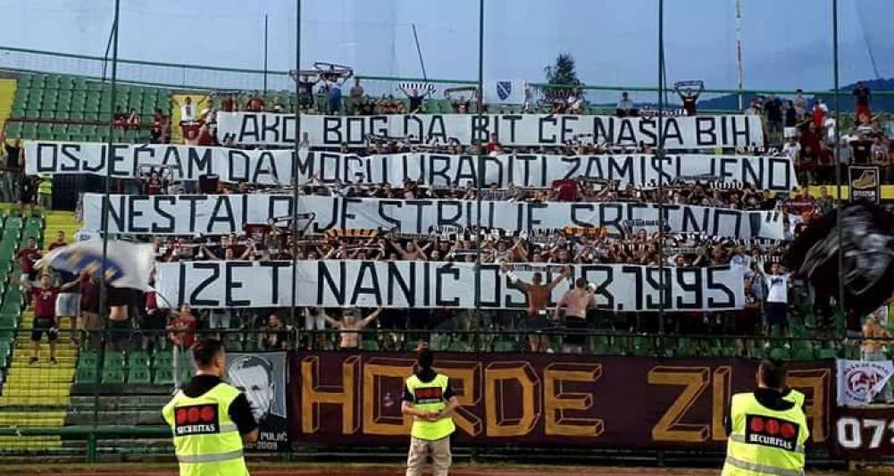 fejs.jpg - Navijači Sarajeva podigli parolu posvećenu Izetu Naniću