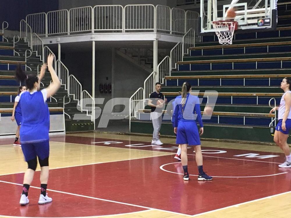2.jpg - (FOTO) Zmajice odradile trening u Slovačkoj: Sve spremne za još jednu pobjedu