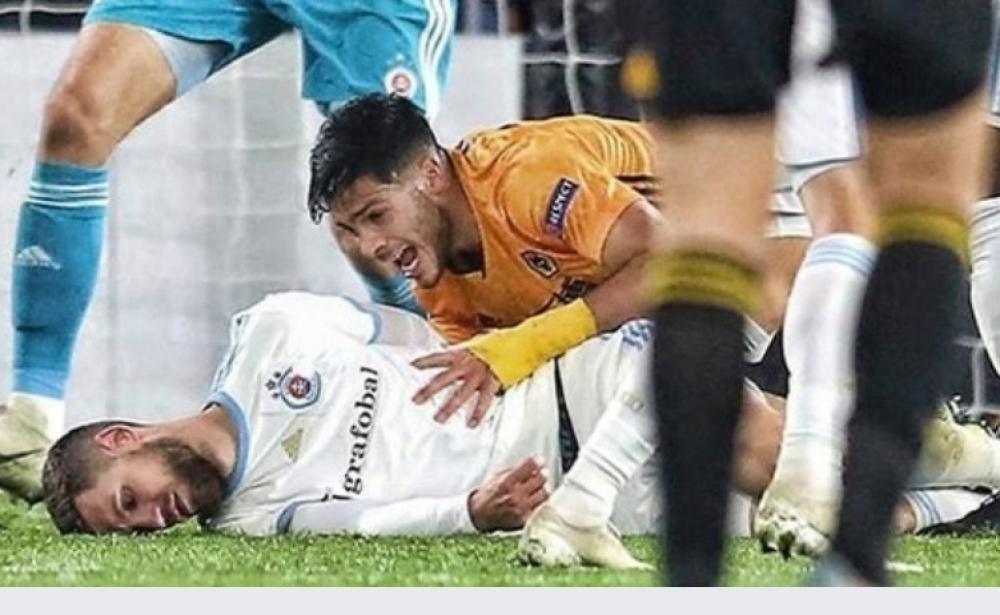 JImenez.jpg - (FOTO) Slika sve govori: Fudbaler engleskog kluba bio u šoku nakon što je nokautirao Bajrića
